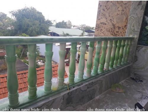 Cầu thang hiện đại mới xanh ngọc bích 31