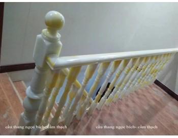 Cầu thang ngọc bích công trình 27