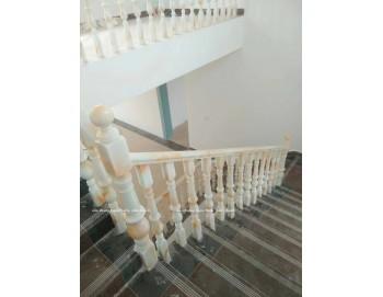 Cầu thang ngọc bích công trình 28