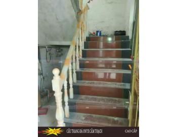 Cầu thang đá cẩm thạch demo 6